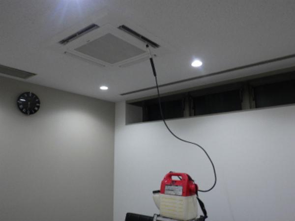 4方向カセットエアコン取付工事!仕上げは通水テスト!京都にて!