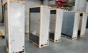 大型物流倉庫で業務用エアコン取り付け工事!室内機設置バージョン!