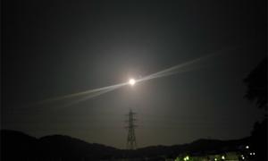 久しぶりに満月見れました!エアコン工事の疲れも癒されます!