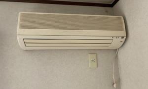 本日はルームエアコン取替工事!エアコン取付・取外・入替は京都のデヴァシオン!