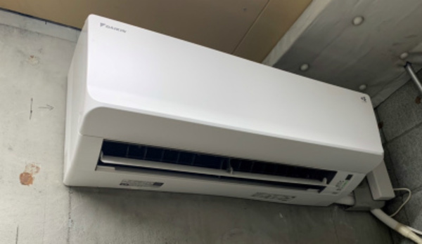 ルームエアコン取替工事で室外機は猛暑仕様!京都・滋賀の業務用エアコンならデヴァシオン!