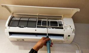 ルームエアコンの通水テスト★ 迅速・丁寧!京都の業務用エアコンはデヴァシオン!