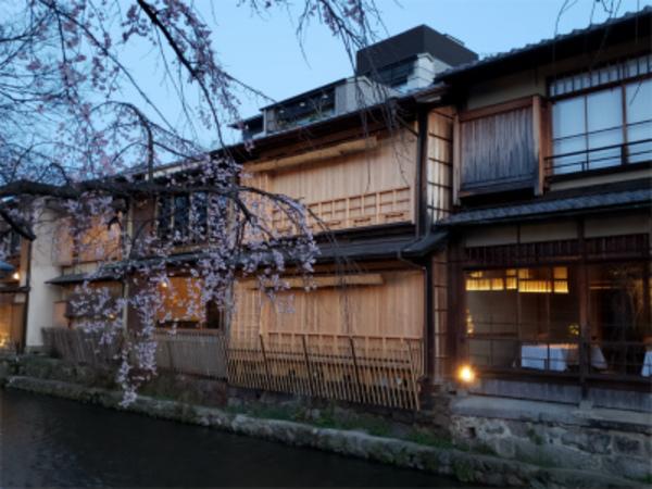 京都も飲食業時短営業終了です。施工量・実績豊富!!業務用エアコンなら京都・滋賀デヴァシオン!