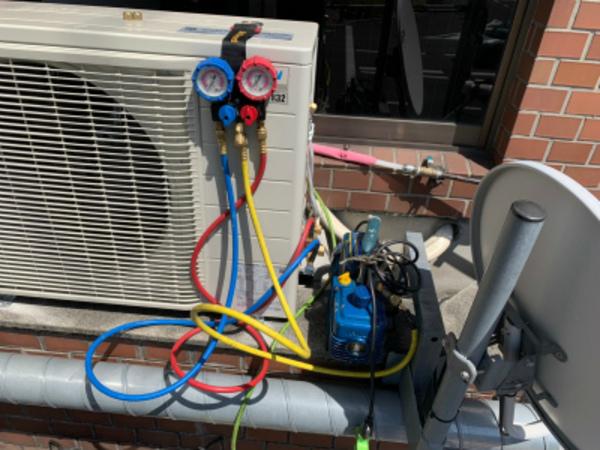 京都で業務用エアコン更新工事!エアコンマイスターは安心、安全、提案力!